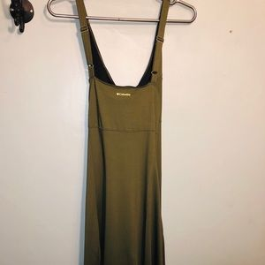 Columbia Athletic omniwick dress with built in bra